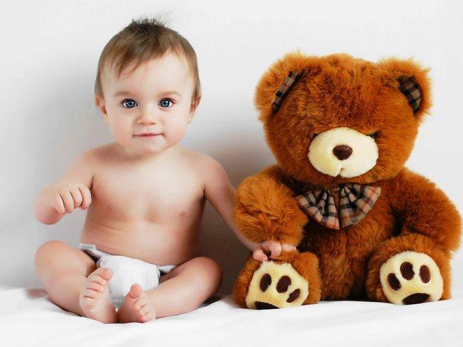 Как развивать ребёнка в 11 месяцев