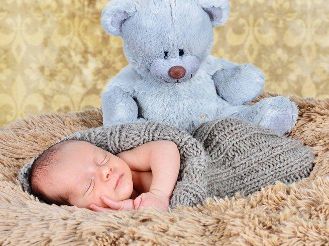Что делать при коликах у новорождённого