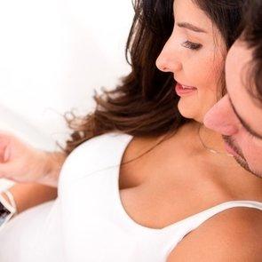 1 месяц беременности: как выглядит живот и плод, ощущения мамы, признаки беременности