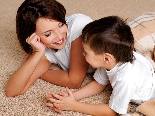 мама учит детей сексу