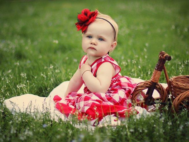 Что должен уметь делать ребёнок в 8 месяцев