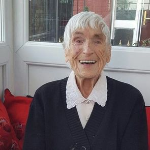 98-летняя британка стала рекордсменом по количеству внуков и правнуков