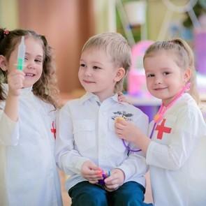 Ученые опровергли связь между прививками и развитием аутизма