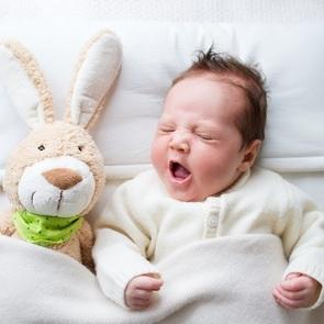 6 аксессуаров для кроватки новорождённого, которые сделают её по-настоящему уютной