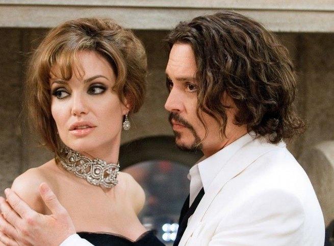Депп утешает Джоли, а Пластинина собирается замуж