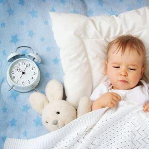 Как правильно будить ребёнка?