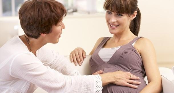 Роды с доулой: тонкости организации помощи роженице
