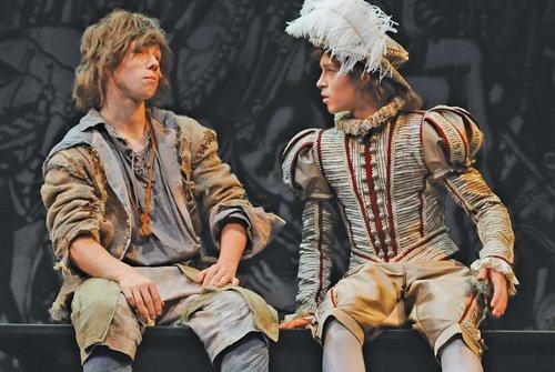 Знаменитый спектакль «Принц и нищий» покажут  в «Балтийском доме»