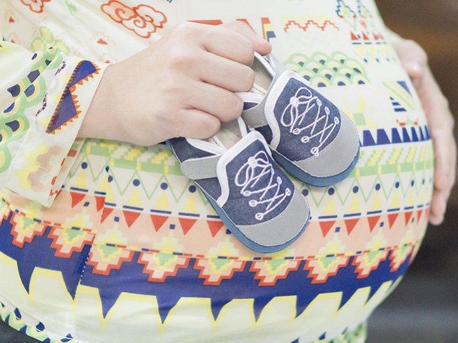 Как выявить отёки во время беременности без помощи врача