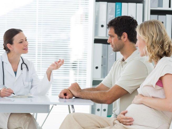 Учёные выступили в защиту поздних родов