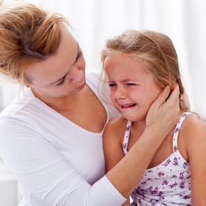 КОРОЧЕ: Как «подружить» ребёнка с его страхом?