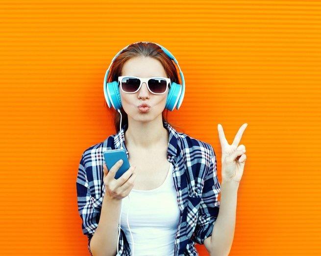 Подростки страдают тугоухостью из-за плейеров