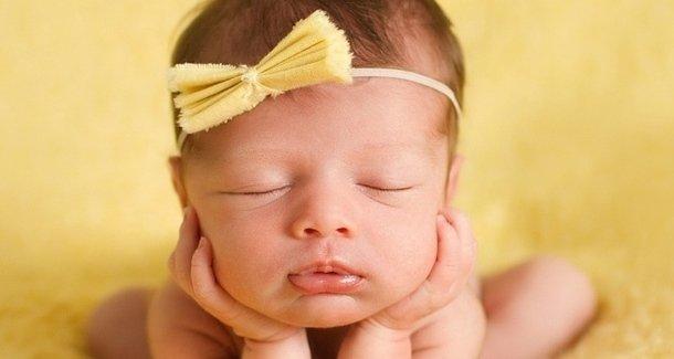 Насморк и повышенная температура у ребёнка в 4 месяца