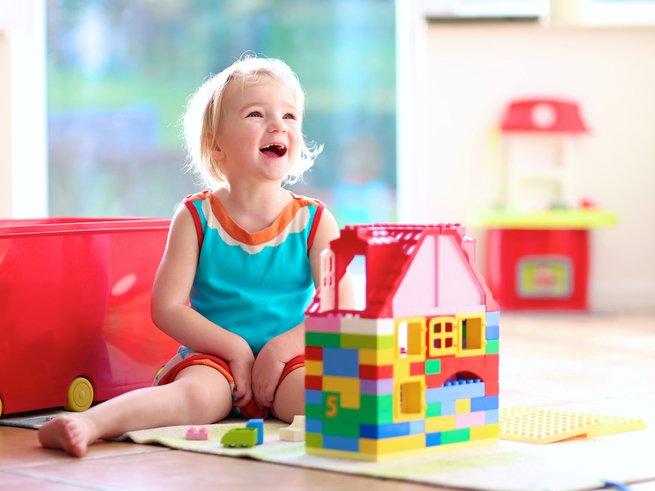 Руки вверх или что должен уметь малыш в 3 года?