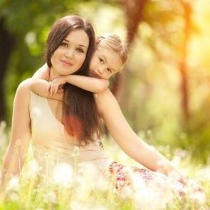 8 звёздных мам, которые выглядят ровесниками своим детям
