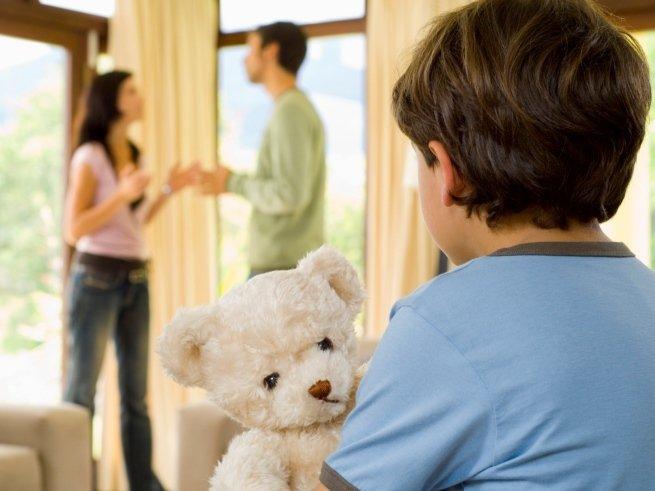 Как сказать ребёнку о разводе?