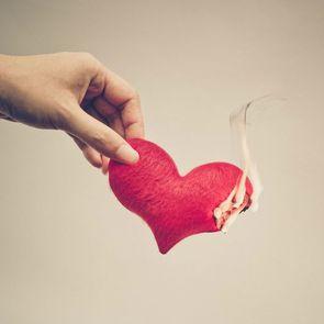 5  случаев, когда не стоит сохранять брак ради детей