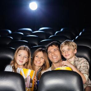 В России начинаются киносеансы для родителей с детьми
