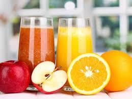 Детям до года фруктовые соки противопоказаны