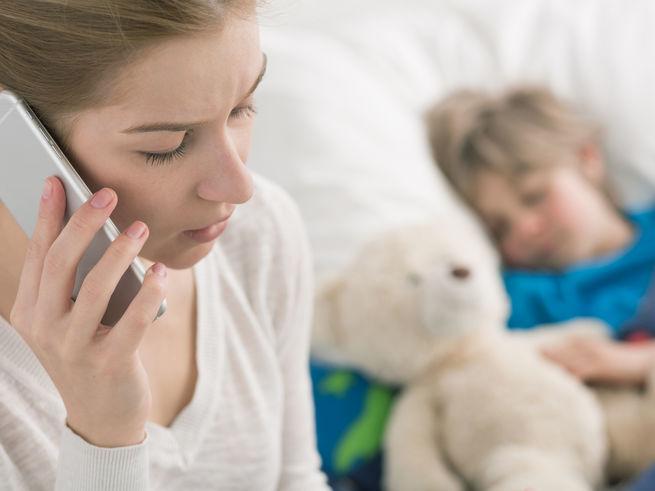 Выяснилось, как российские родители лечат детей