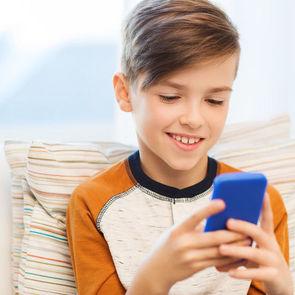 Правительство поручило фильтровать Wi-Fi для детей