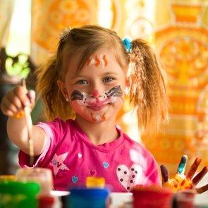 Необычные способы рисования, которые развлекут ребёнка