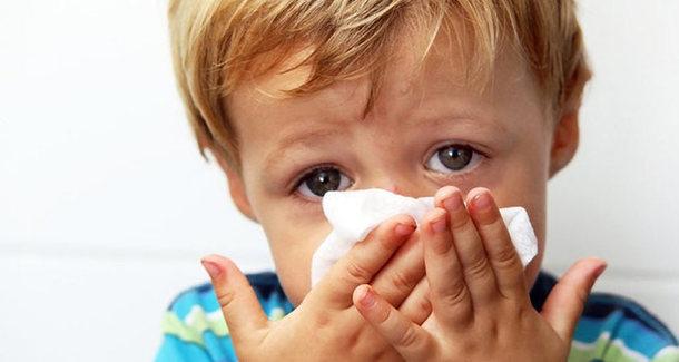 Ученые просят не давать детям лекарства при ОРВИ