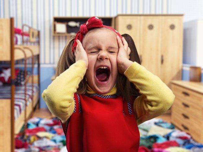 План действия при детской истерике