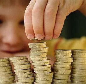 Многодетные семь и мамы-одиночки получат выплаты ко Дню знаний