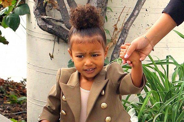 Ким Кардашьян записала 2-летнюю дочь на приём к психоаналитику