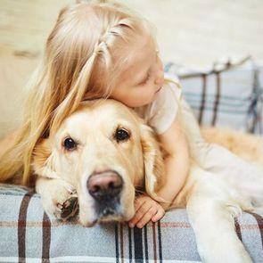 Детей-аутистов будут лечить собаки-реабилитологи