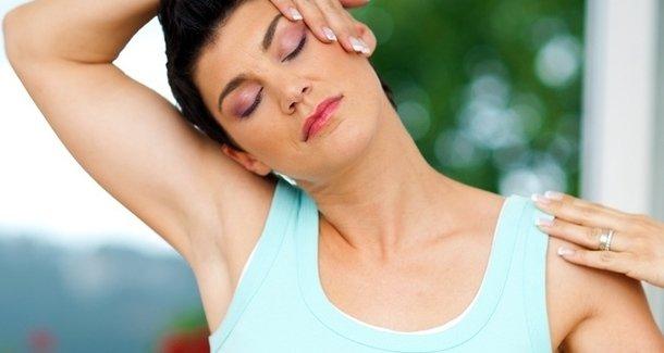 Как накачать мышцы шеи: комплекс упражнений на каждый день