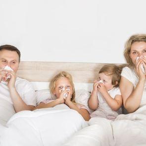 Как не болеть всей семьей: советы педиатра