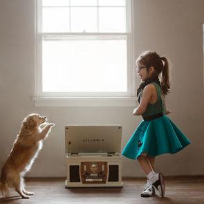 17 самых очаровательных в мире фото девочки и ее собаки