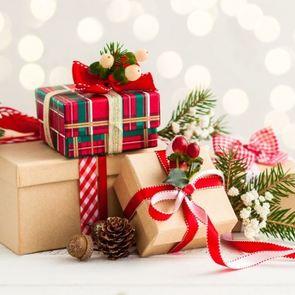 Подарки для близких своими руками: простые идеи