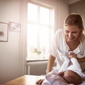 10 опасных вещей, которые все мамы делают с новорожденными