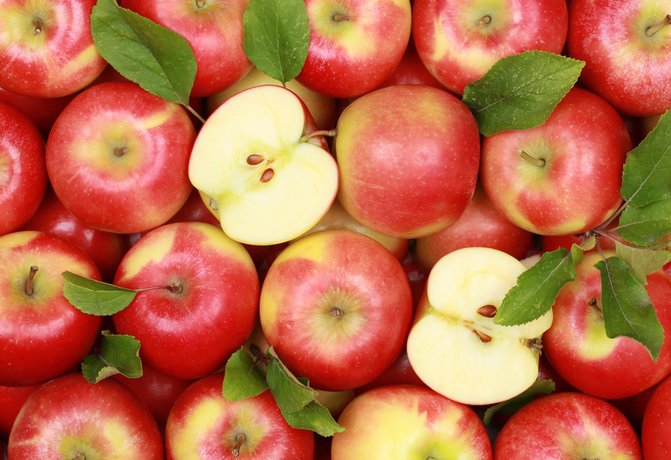 Яблоки, груши