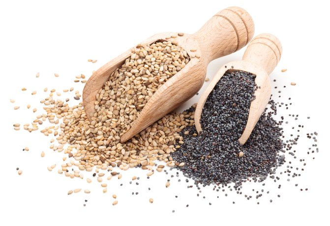 Кунжут, льняное семя и мак