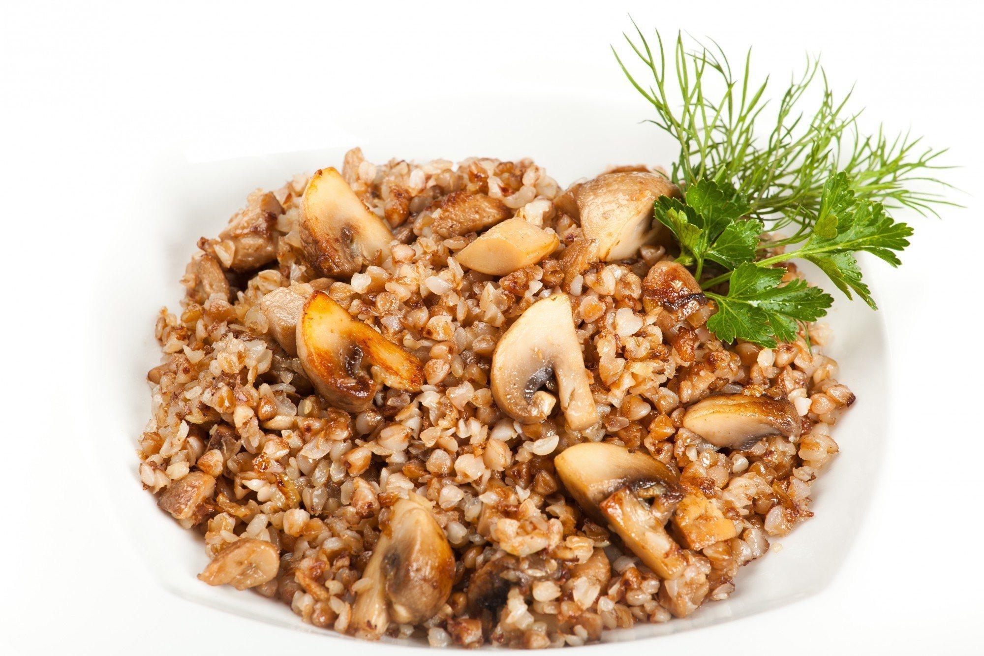 Гречка с грибами в мультиварке пошаговый рецепт