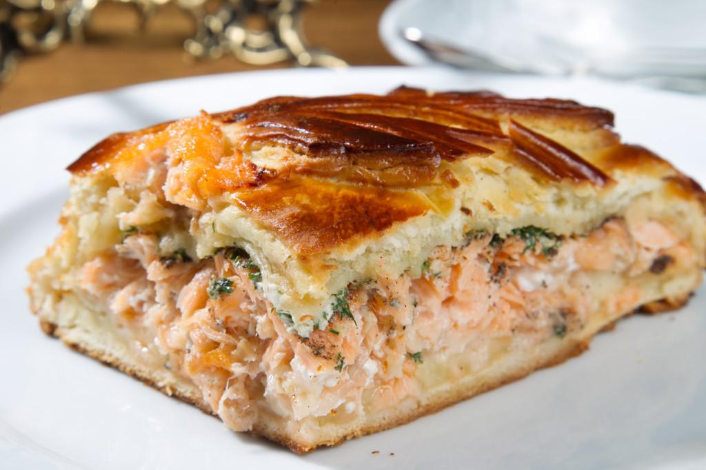 Пирог с рыбой простой рецепт в духовке