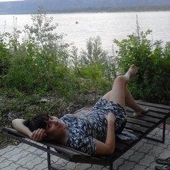 Анастасия Синякаева