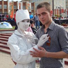 Ярослав любезнов