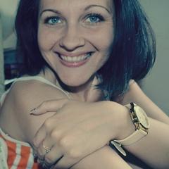 Анна Симонова