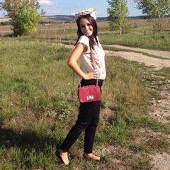 Екатерина Разживалова