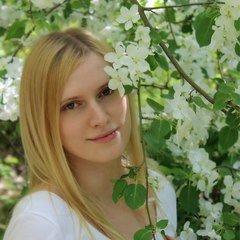 Елена Боюрнова