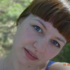 Дарья Романова - модератор сообществ