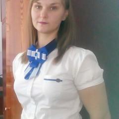 Яна Сенотова