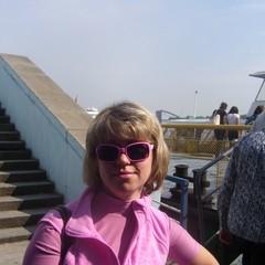 Юлия Леженина