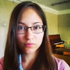 Глаша Кучкарова