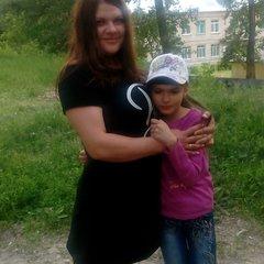 Таня Шапкарина